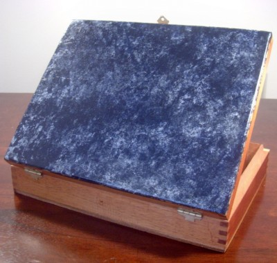 DIY Marble faux finish cigar box from Giani