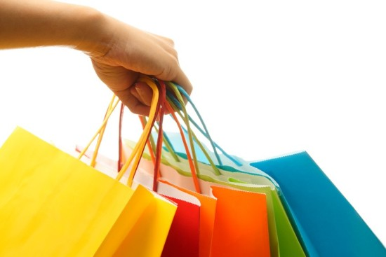 shoppingbags 550 x 367 5 Shopping Tips to Save Money