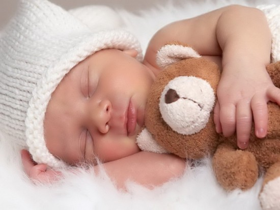 Tips for enjoying your new baby while sleep deprived