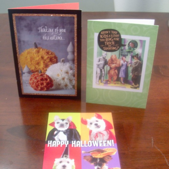 halloweencards 550 x 551 Fun Hallmark Halloween Decor