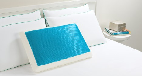Cool Cerulean Waves Hydraluxe Bed Pillow 1 cr 467x252 Hydraluxe Cooling Gel Memory Foam Pillow Giveaway #GivingGreen