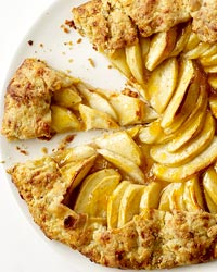 apple crostatas 20 Holiday Pie Recipes for Your Dinner