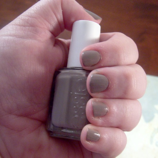 essiemissfancypants 549 x 550 Manicure Monday   Essie Miss Fancy Pants