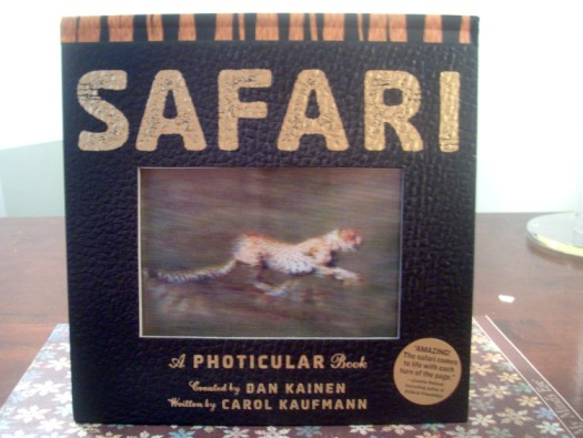 safaribook 525 x 395 Animals In Action with Safari: A Photicular Book