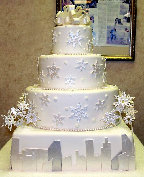 winter wedding cake Winter Wedding Ideas for 2012   Elegant and Formal