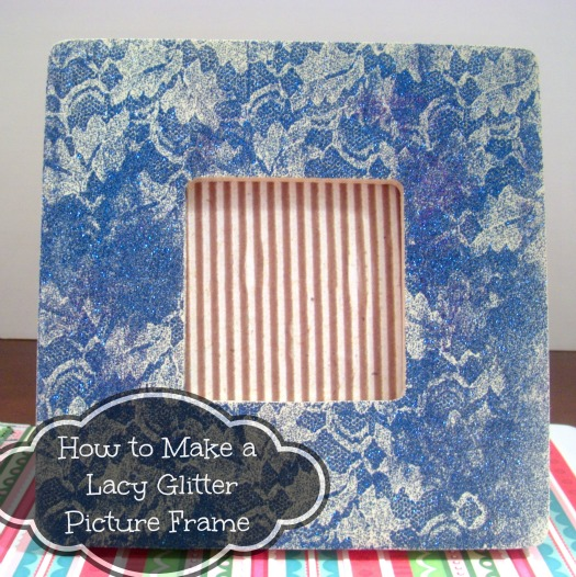 lacyglitterframe How To Make a Lacy Glitter Picture Frame