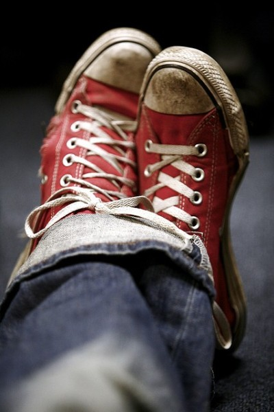 redconverse 400 x 600 9 Tips to Combat Seasonal Allergies