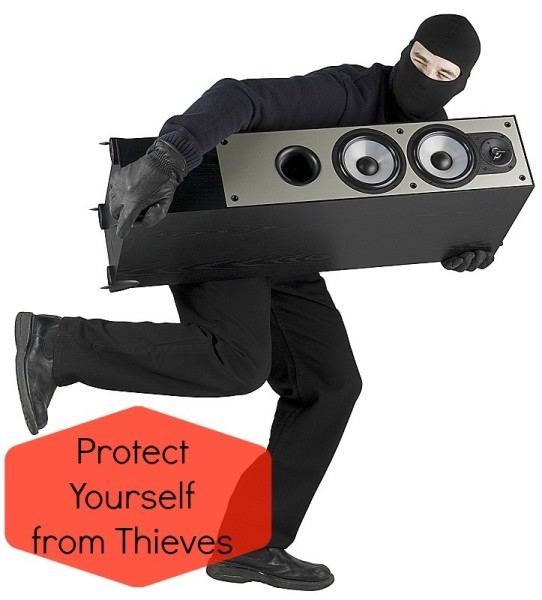 burglar2 542 x 600 Easy Ways to Deter Thieves