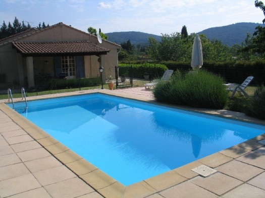 Swimming pool maintenance safety tips