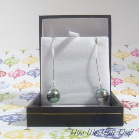 tahitian pearl earrings 575 x 576 Tahitian Pearl Earrings Giveaway   US Only #Summersweeping