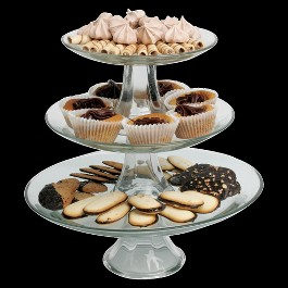tiered-pedestal-cake-plates