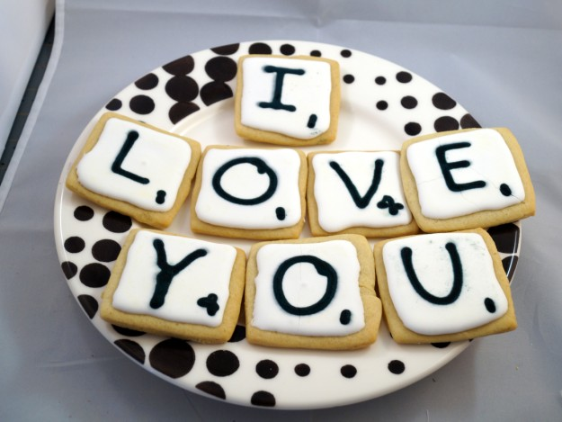 isabellas cookies i love you 625 x 469 Isabellas Cookies, You Complete Me