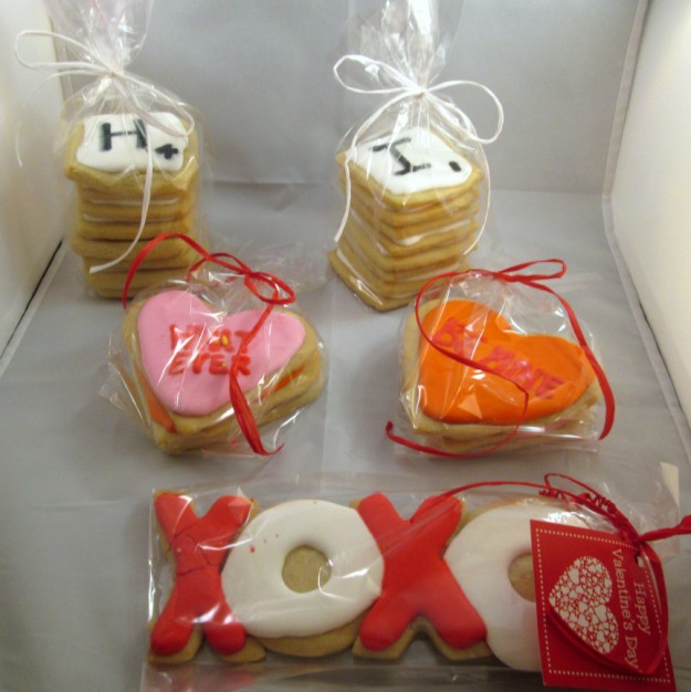isabellas-cookies-you-complete-me-box-2 (625 x 626)
