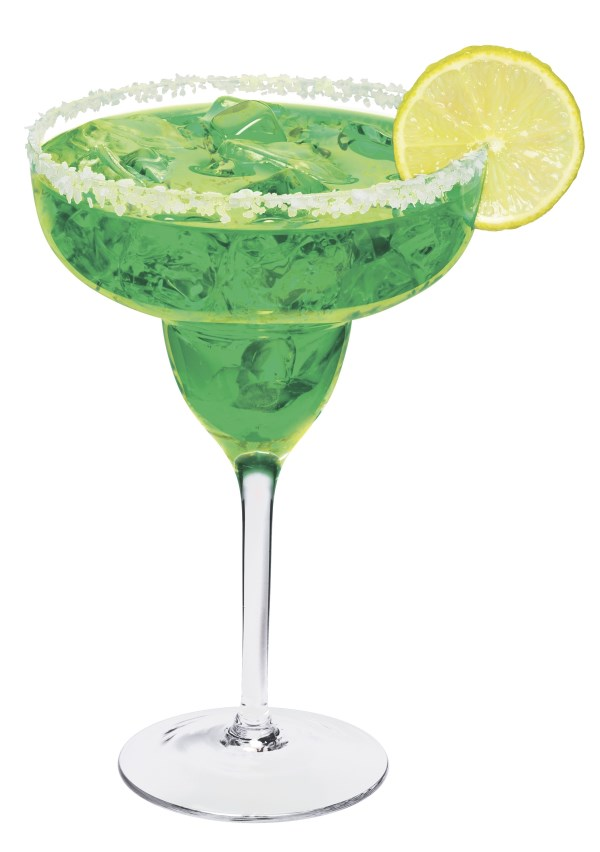 A Lucky Kiss 600 x 852 Low Calorie St Patricks Day Cocktails Recipes