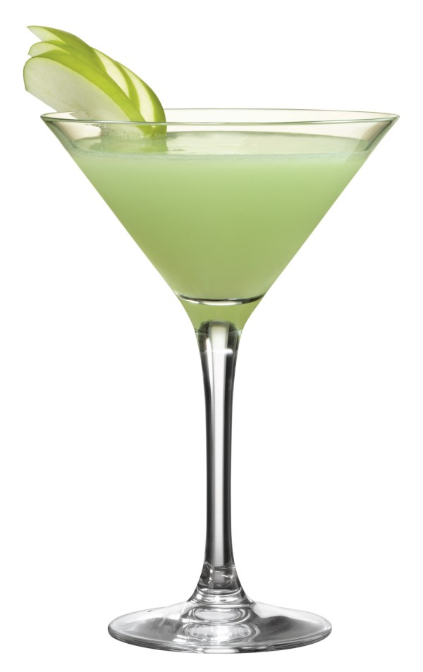 Emerald Green Charm 600 x 954 Low Calorie St Patricks Day Cocktails Recipes