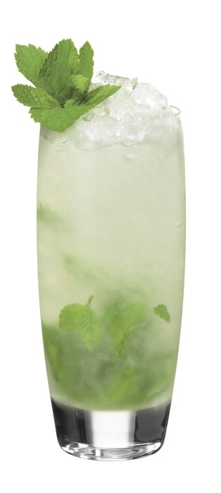 Four Leaf Clover 314 x 700 Low Calorie St Patricks Day Cocktails Recipes