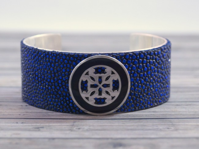 blue-stingray-rustic-cuff (650 x 486)