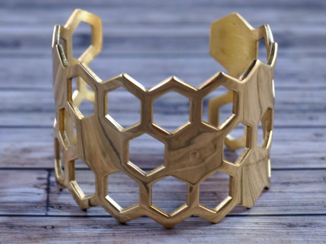 gold-honeycomb-cuff-3 (650 x 486)