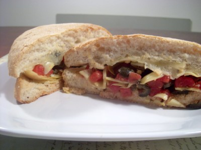 antipastosandwich (400 x 300) Antipasto Sandwich Recipe