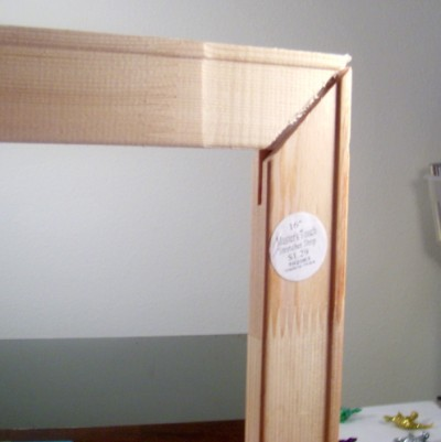 fittinglastpiece (400 x 401) Make Your Own Picture Frame for $5