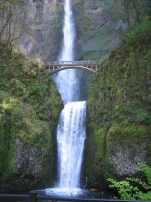multnomahfalls (300 x 400) Staycation Ideas + A Visit From the Fairy Hobmother