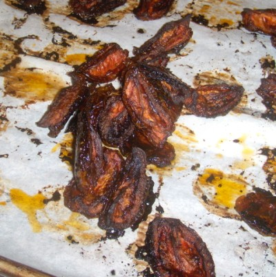 Make Oven Dried Tomatoes at home