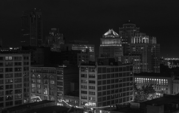 stlskylinebw2 St Louis Skyline   Wordless Wednesday + Linky