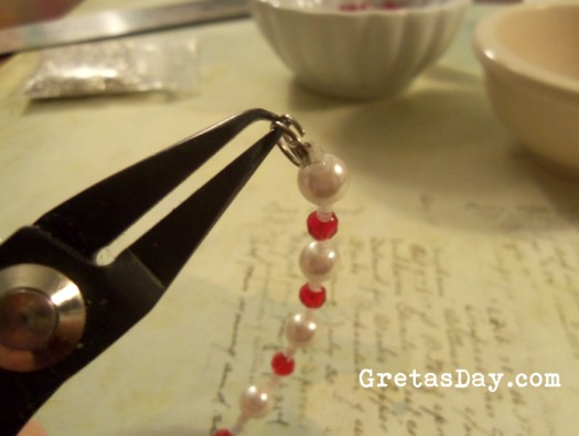 how to add a clasp to a beaded bracelet