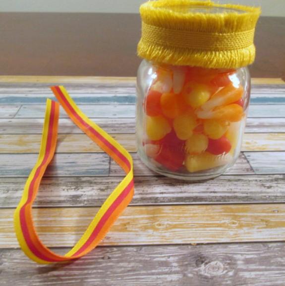 starburst-candy-corn-jar (575 x 576)