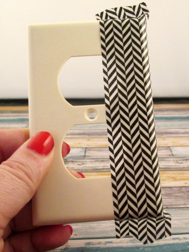 washi-tape-switchplate-step-3 (625 x 833)