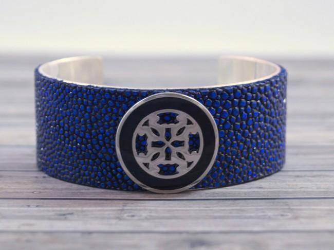 blue-stingray-rustic-cuff (650 x 486)