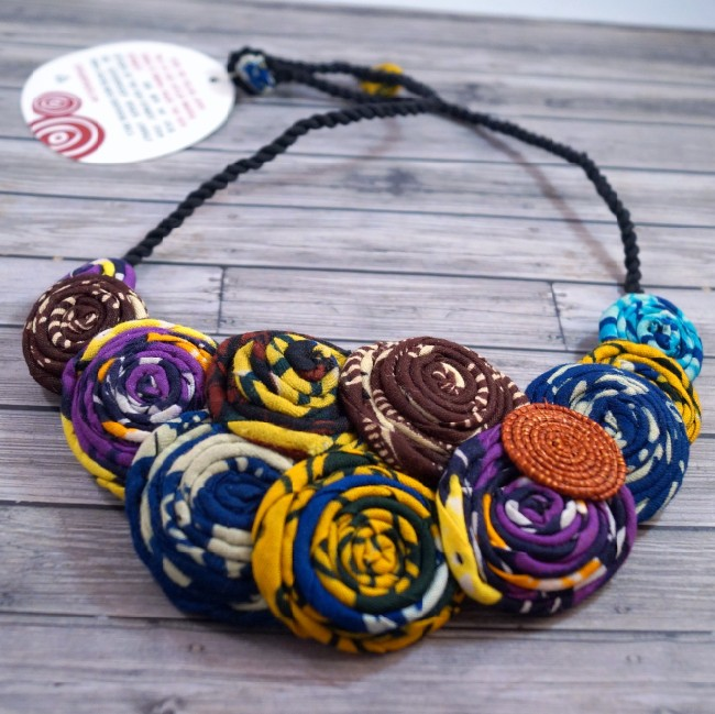 marchesa-bib-necklace (650 x 649)