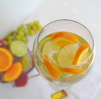White Sangria Champagne Cocktail